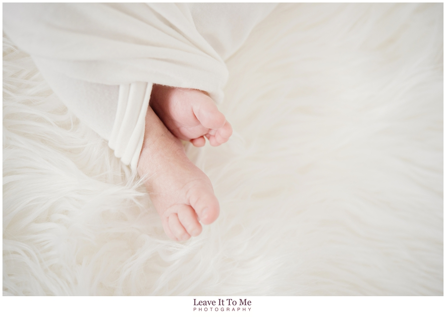 Delaware Family Photographer_Lifestyle Newborn Portraits 5